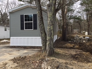 Raymond NH Mobile-Manufacured Home for sale $List Price is $78,800