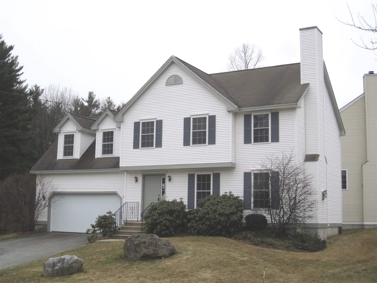 Nashua NHCondo for sale $List Price is $334,900