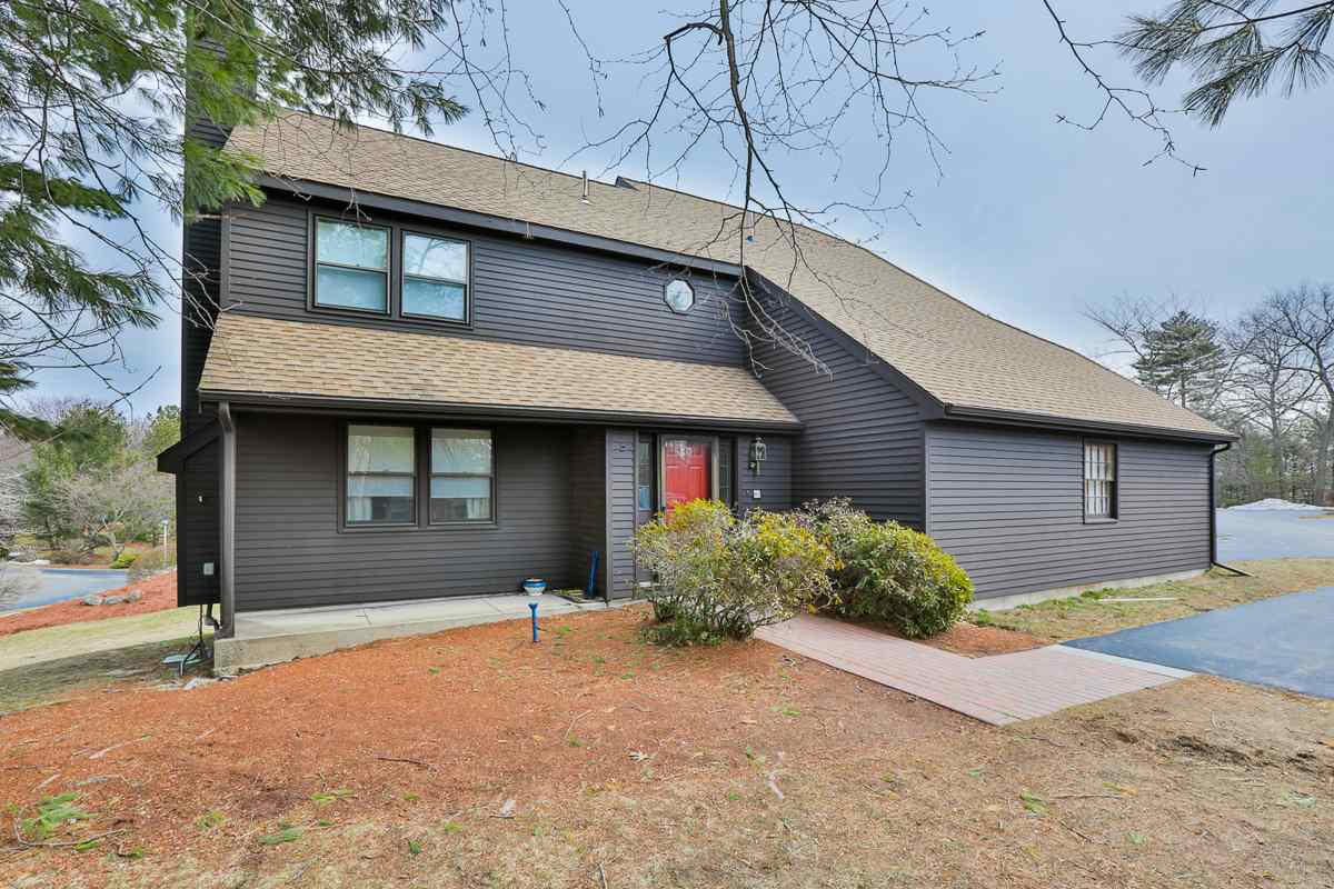 Windham NH Condo for sale $List Price is $249,000