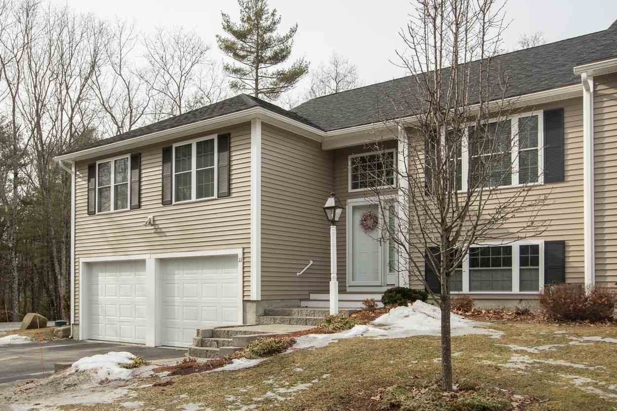 Sandown NH Condo for sale $List Price is $279,900