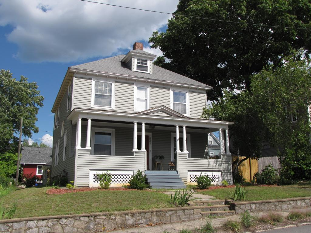 MANCHESTER NH Home for sale $$232,500 | $131 per sq.ft.