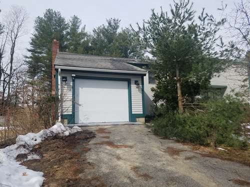 Salem NH Condo for sale $List Price is $157,000