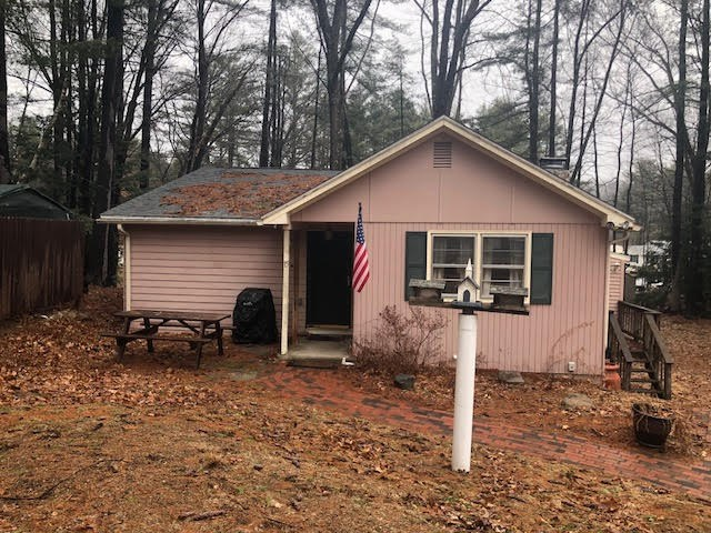 Goffstown NHHome for sale $List Price is $199,000