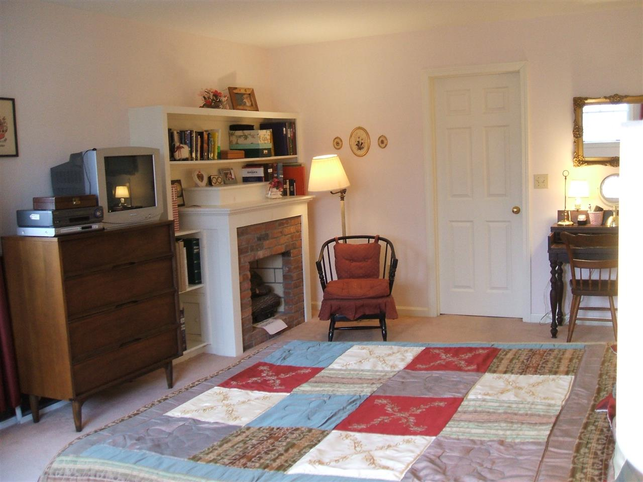 Spacious Master Bedroom 11678880