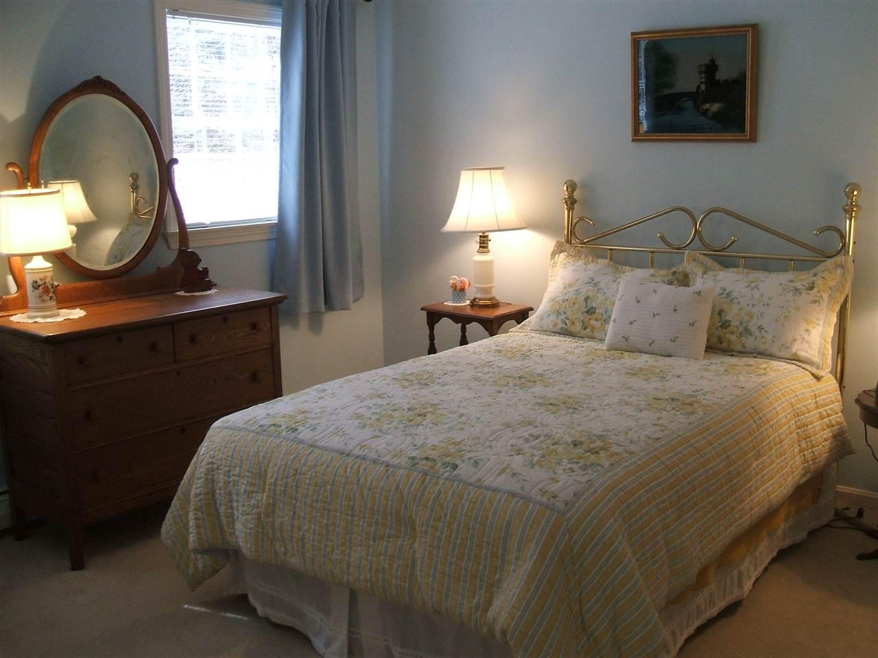 3rd Bedroom 11678877
