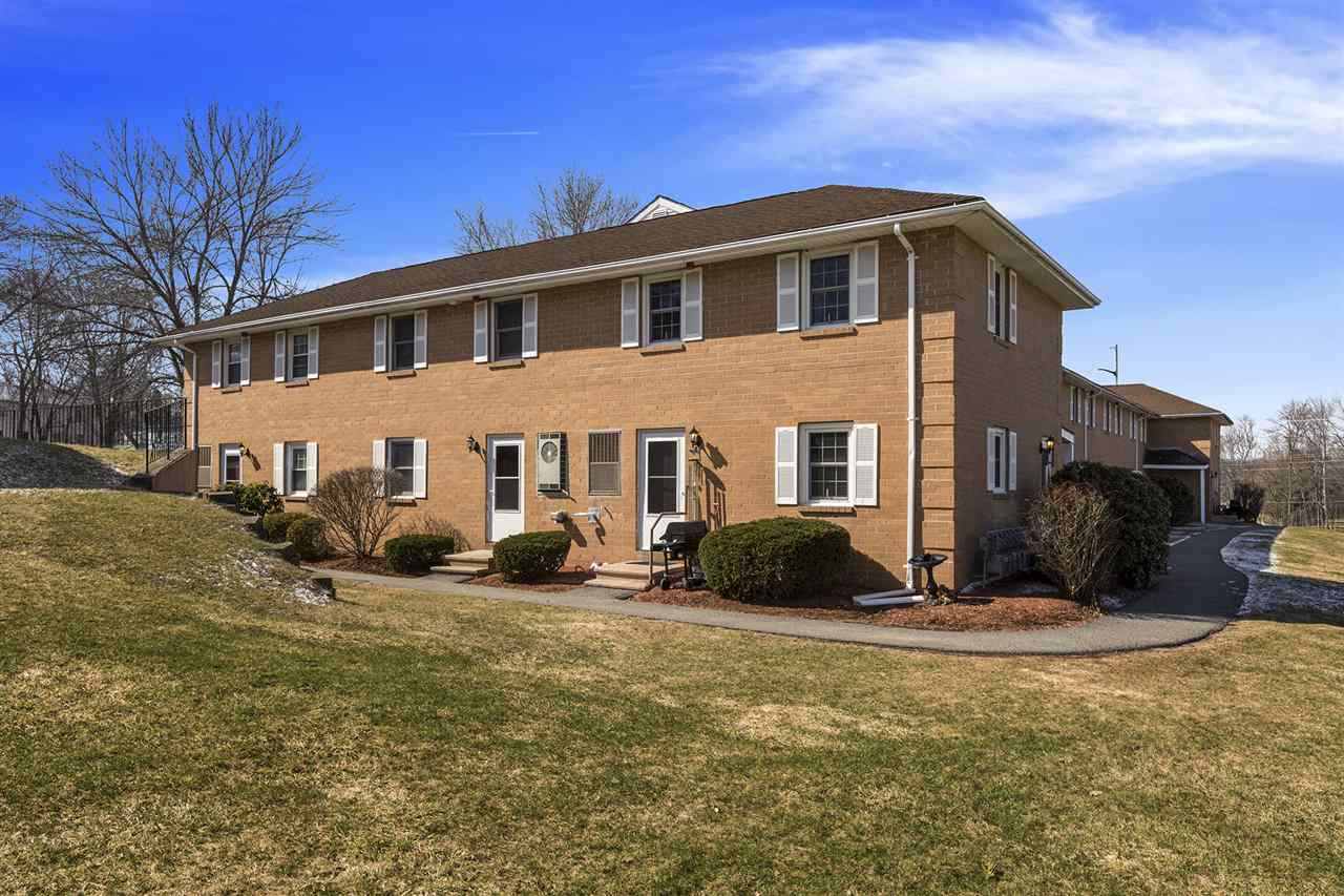 Hudson NH Condo for sale $List Price is $144,900