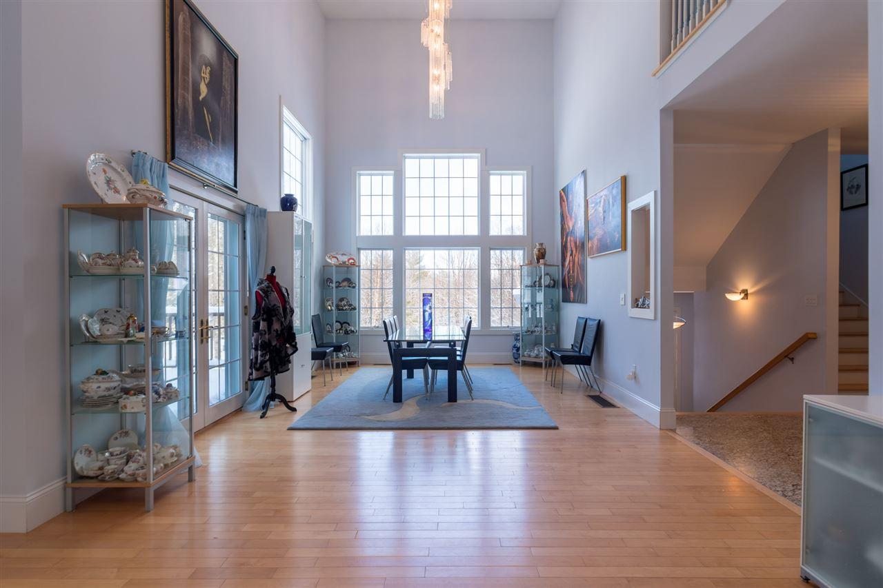 Wonderful formal dining room!! 11670830