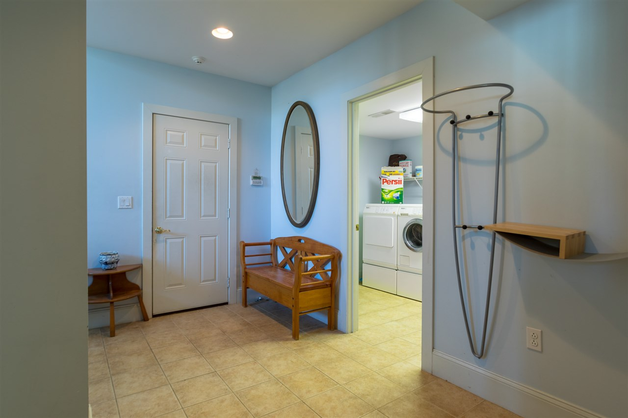 Lower level mudroom off the attached garage 11670851