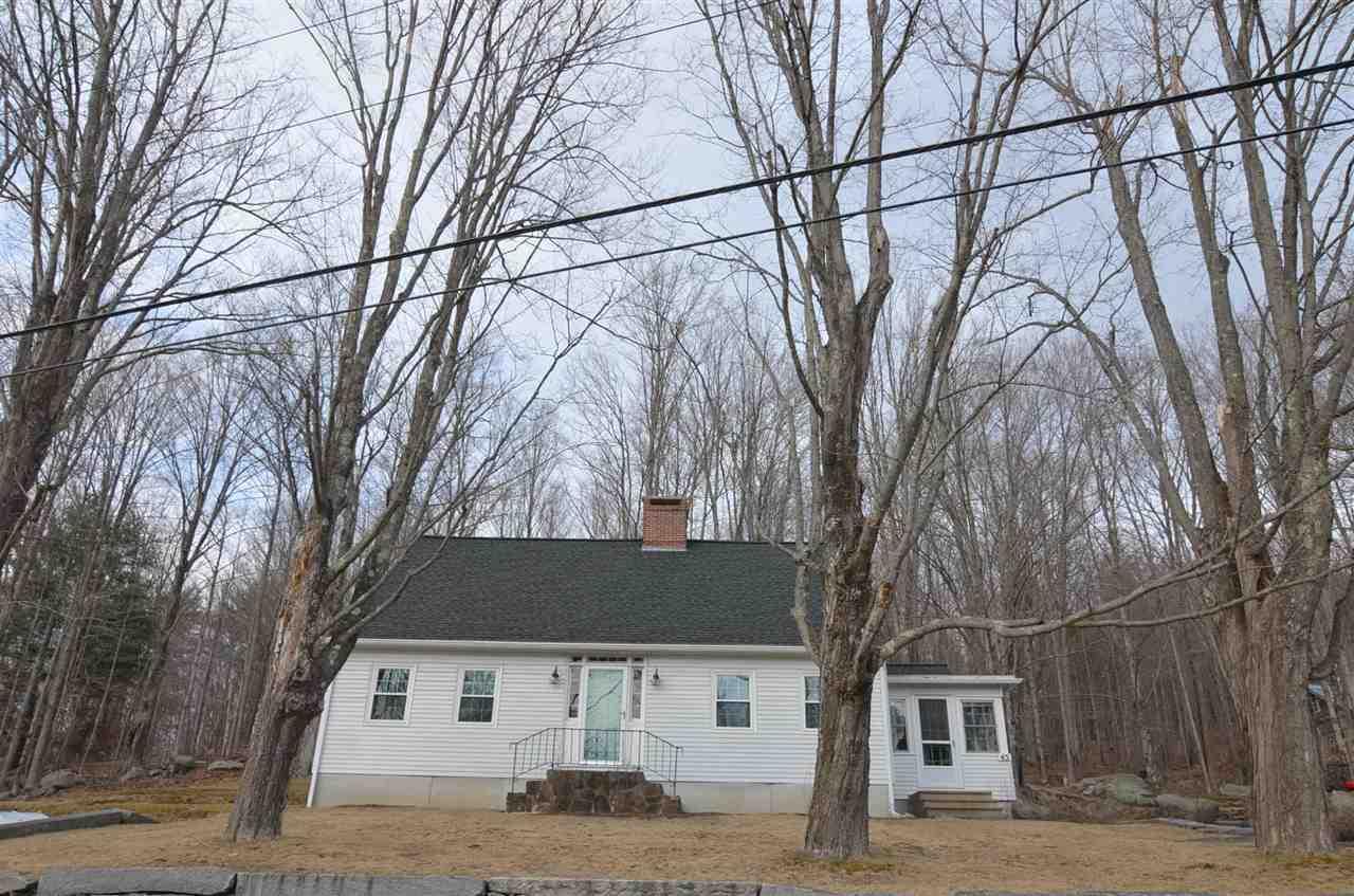SUNAPEE NHHome for sale $$324,000 | $131 per sq.ft.