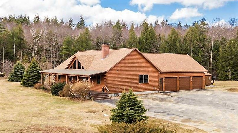 Lyndeborough NHHome for sale $List Price is $425,000