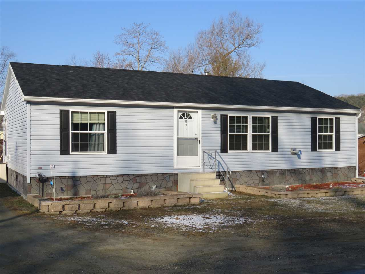 ENFIELD NH Home for sale $$169,000 | $142 per sq.ft.