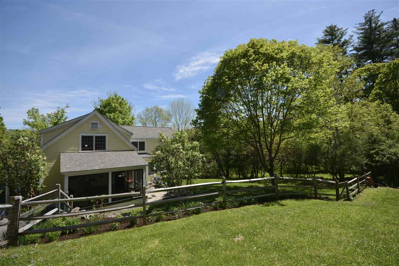 Gorgeous Woodstock Village Home 11987743