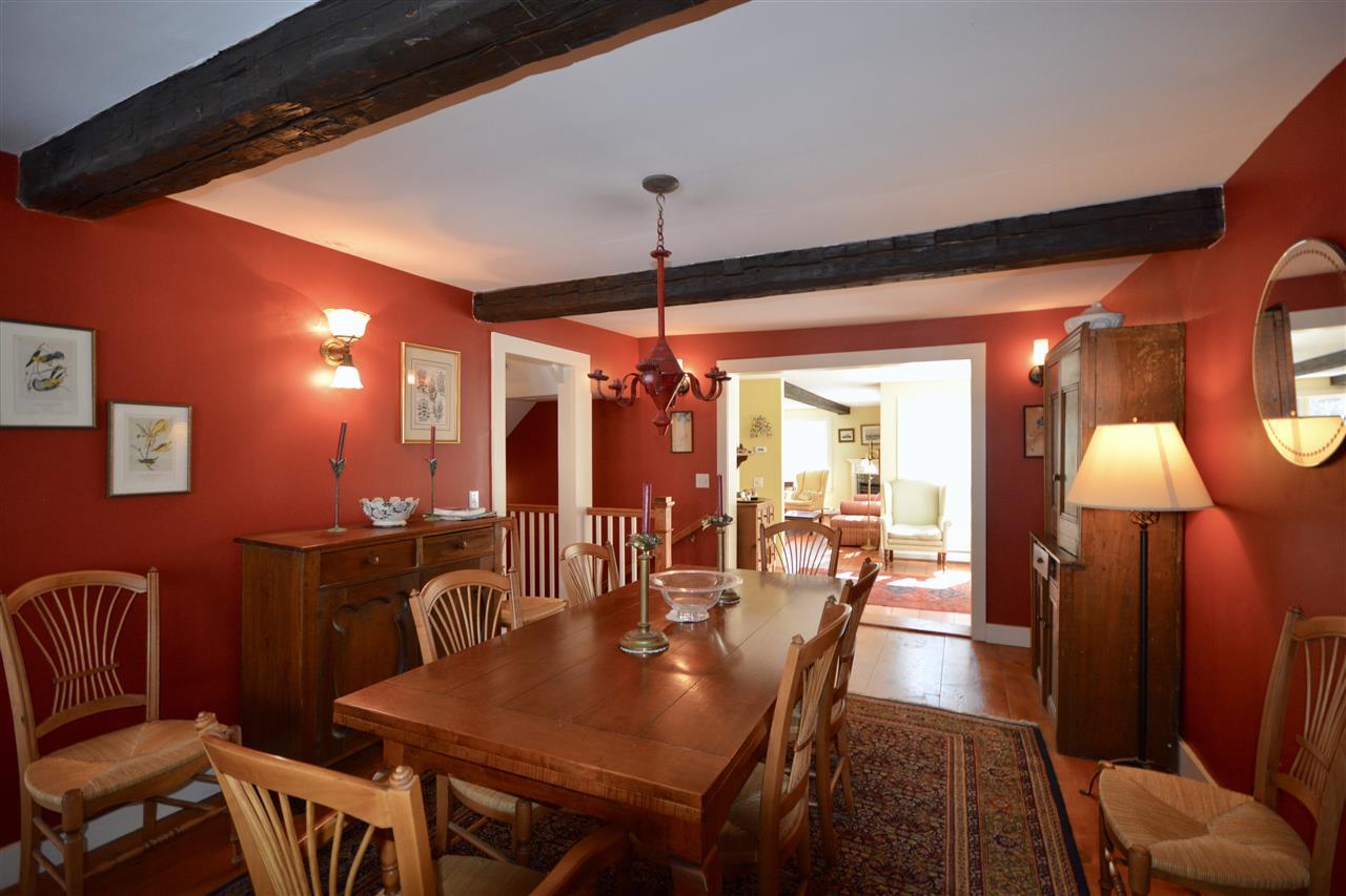Dining Room 11691500