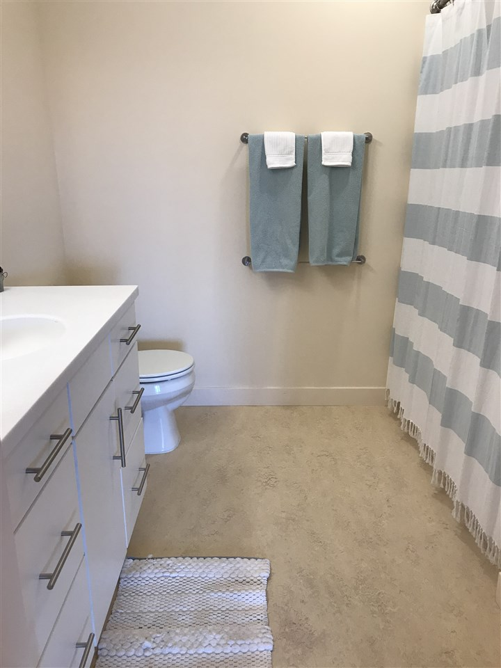 2nd bathroom for 2 bedrooms