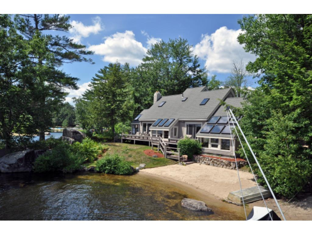 MOULTONBOROUGH NH  Home for sale $1,060,000
