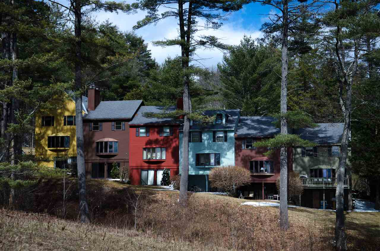 VILLAGE OF QUECHEE IN TOWN OF HARTFORD VT Condo for sale $$139,000 | $97 per sq.ft.