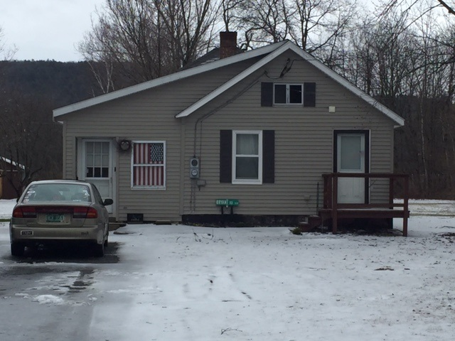 FAIRLEE VT Home for sale $$159,000 | $151 per sq.ft.