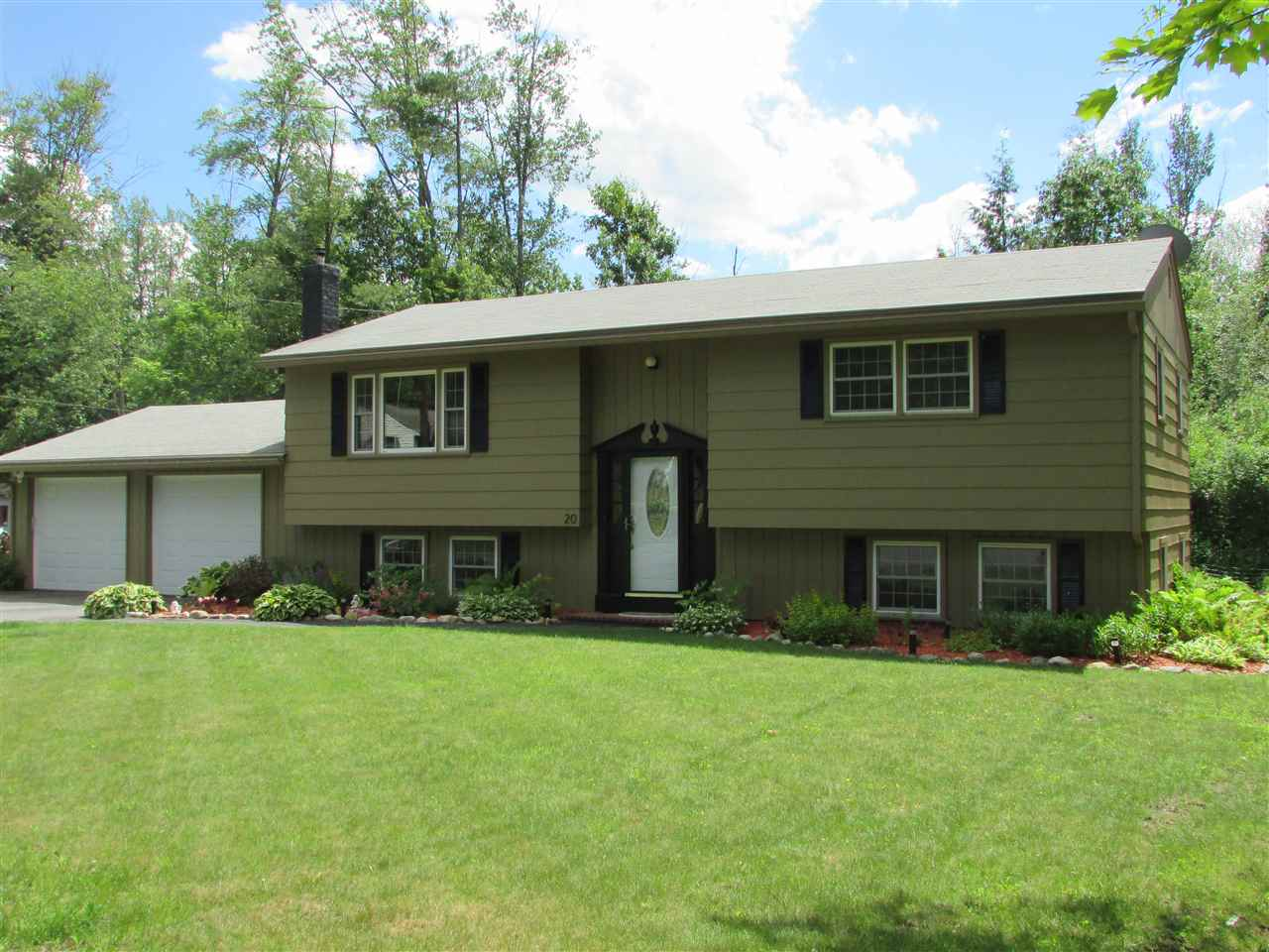 LEBANON NH Home for sale $$299,900 | $159 per sq.ft.