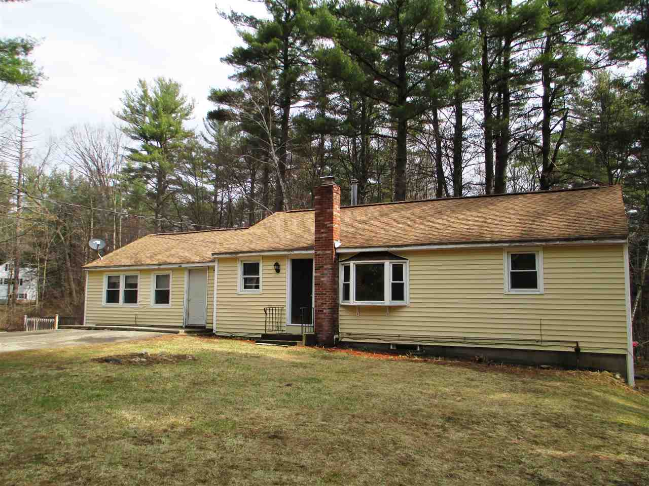 image of Amherst NH  2 Unit Multi Family | sq.ft. 3376