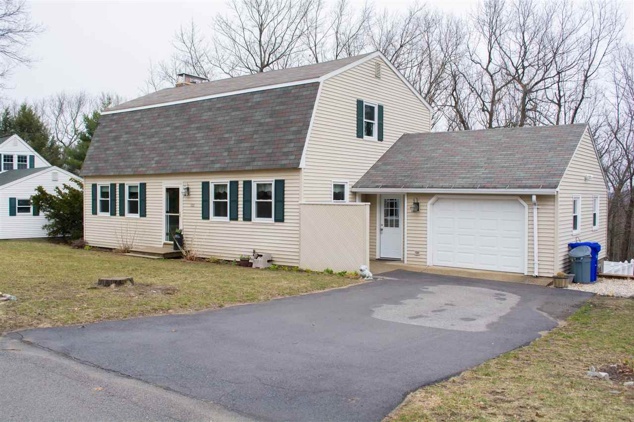 MANCHESTER NH Home for sale $$290,000 | $149 per sq.ft.