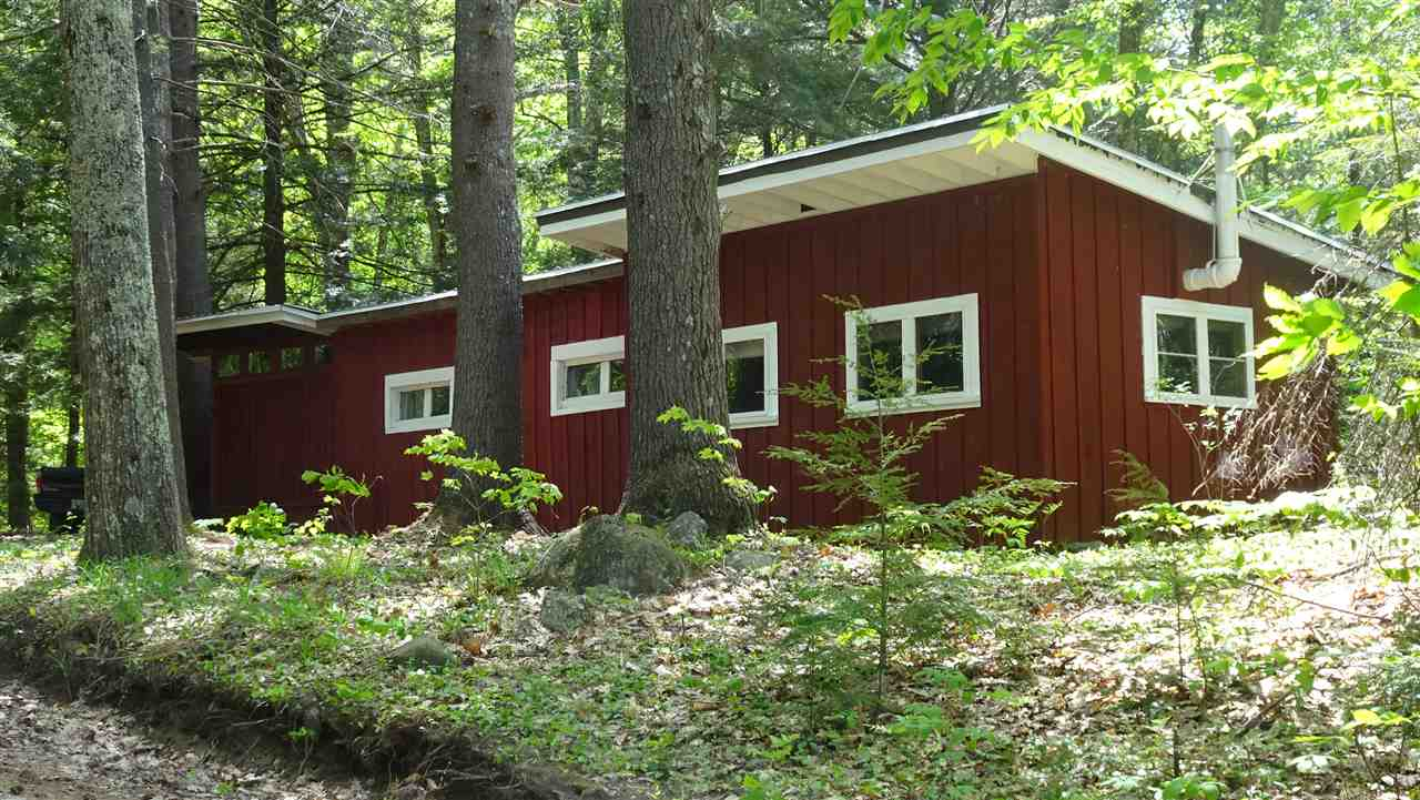 BRADFORD NH Home for sale $$34,900 | $49 per sq.ft.