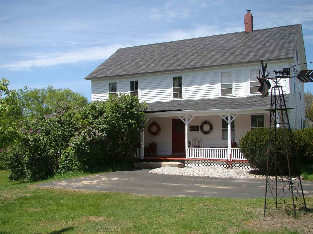 EPSOM NH Home for sale $299,000