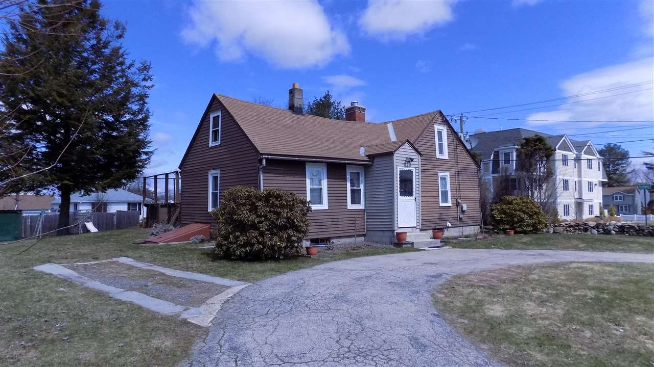 Derry NHHome for sale $List Price is $190,000