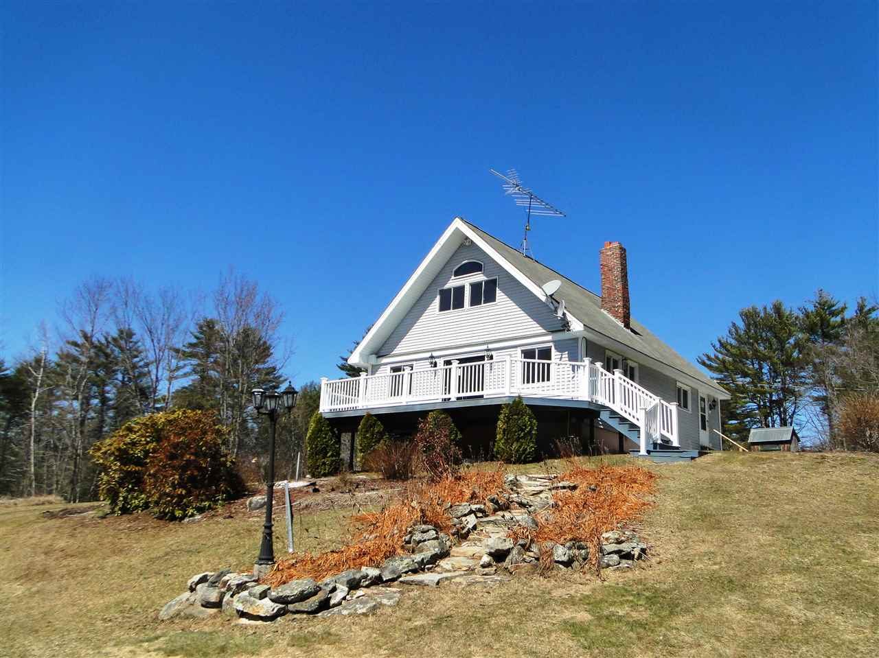 BROOKFIELD NH  Home for sale $164,900
