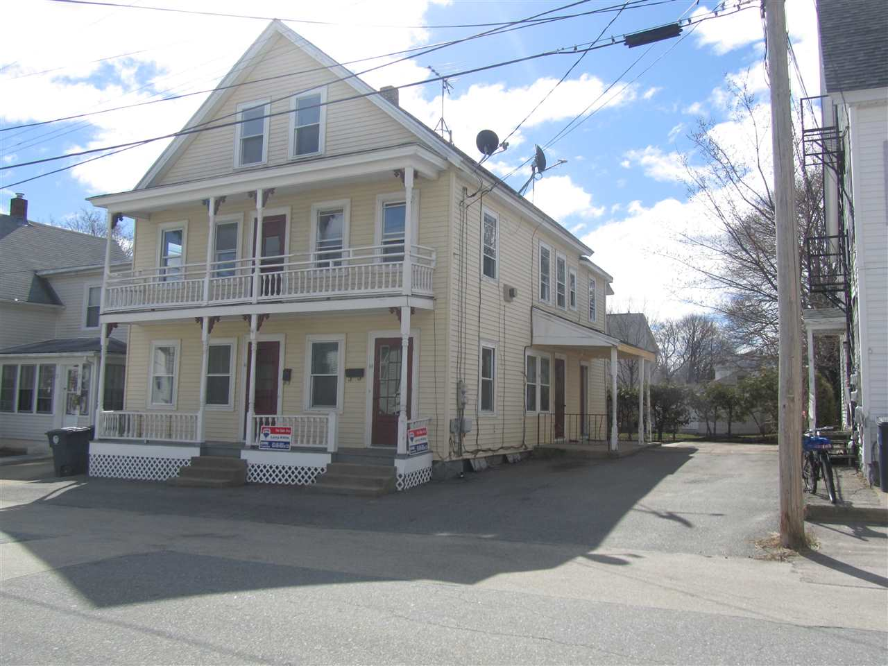Nashua NHMulti Family for sale $List Price is $259,000