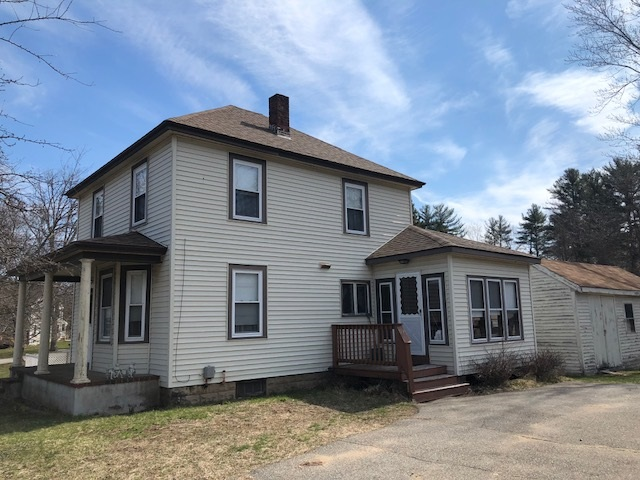 Plaistow NHHome for sale $List Price is $229,900