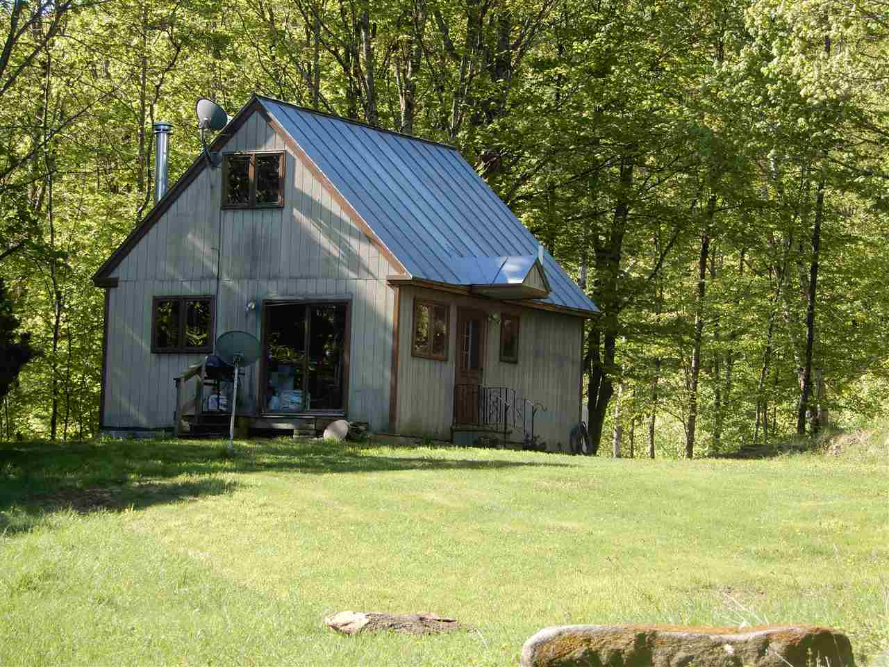 SHARON VT Home for sale $$179,000 | $249 per sq.ft.