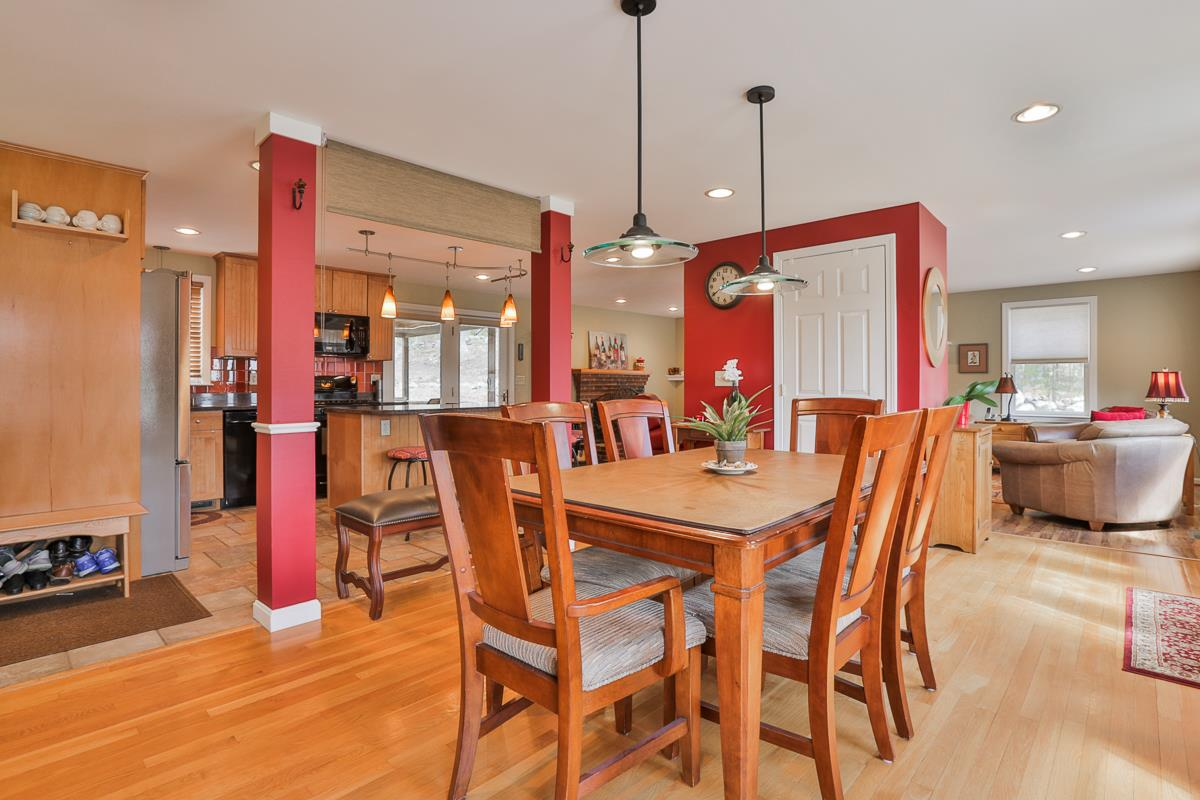 Mont Vernon NHHome for sale $List Price is $339,900