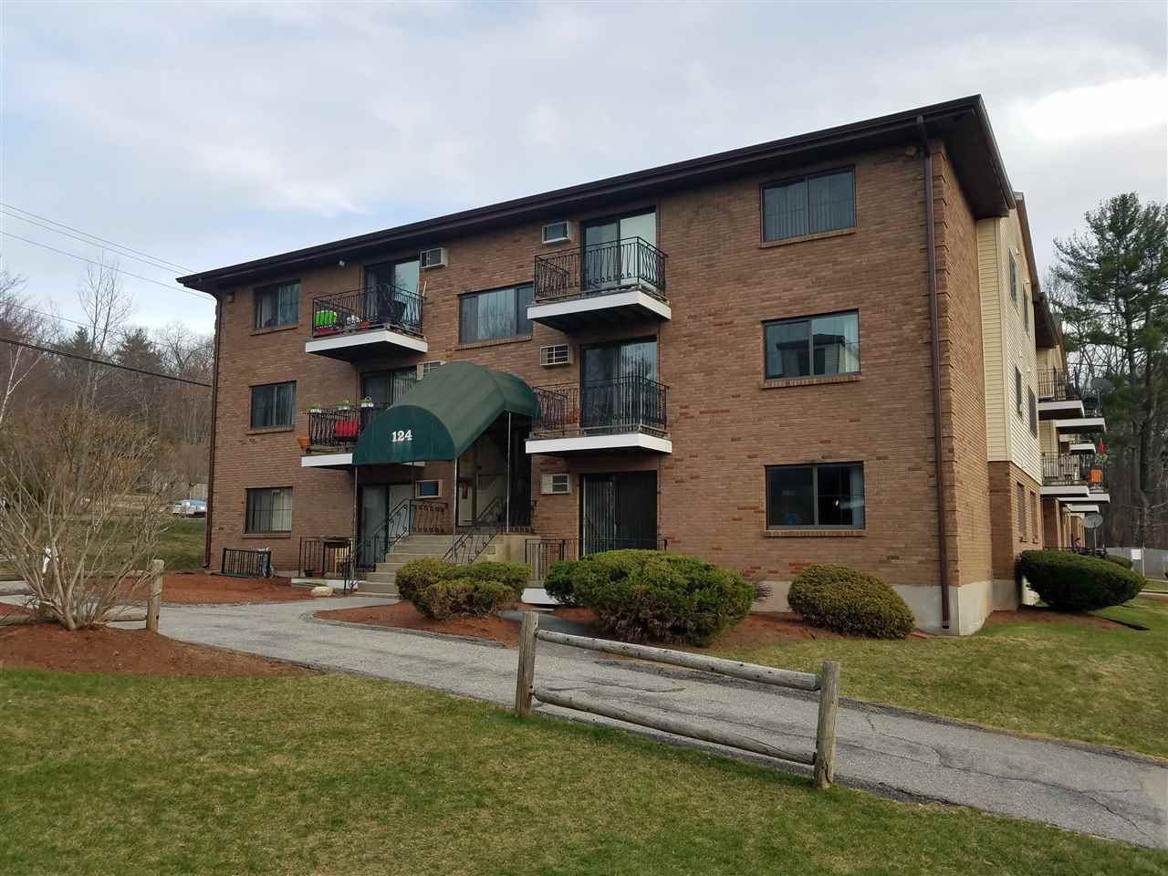 Hooksett NH Condo for sale $List Price is $87,900