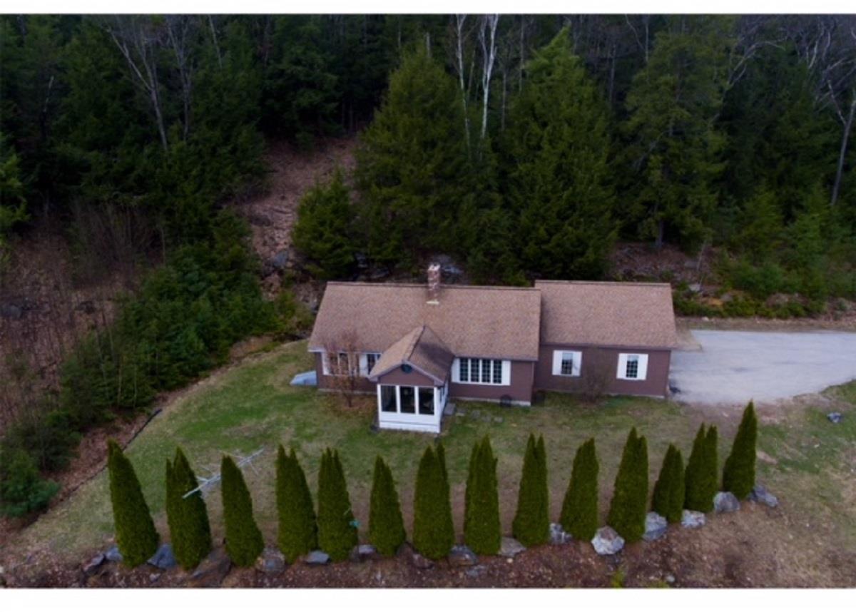 Dunbarton NHHome for sale $List Price is $280,000