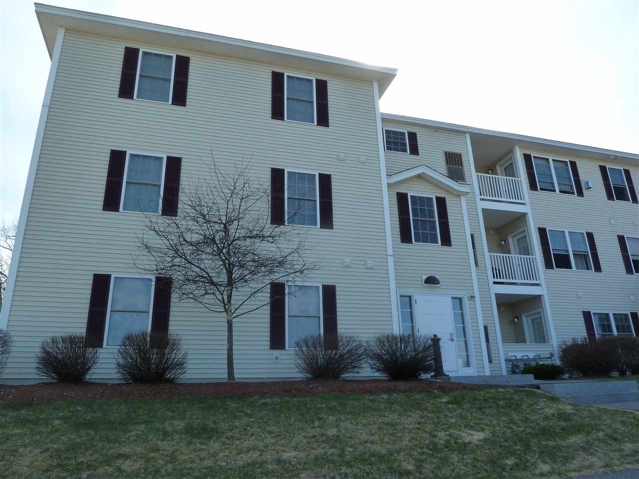 Londonderry NHCondo for sale $List Price is $182,000