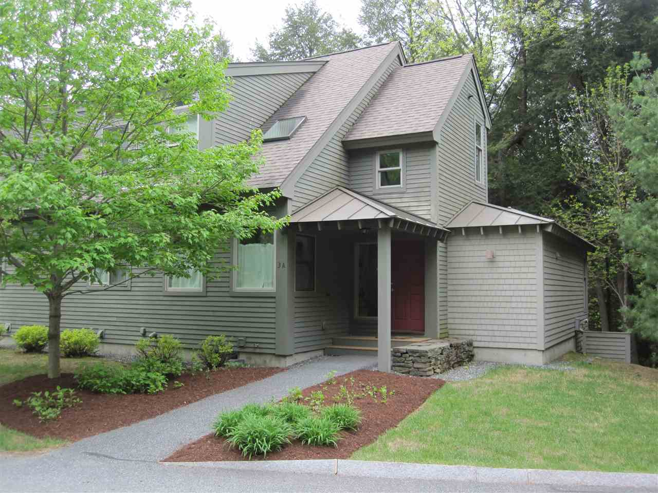 VILLAGE OF QUECHEE IN TOWN OF HARTFORD VTCondo for sale $$325,000 | $169 per sq.ft.