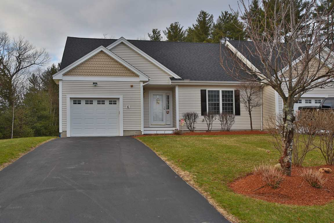 Litchfield NH Condo for sale $List Price is $320,000