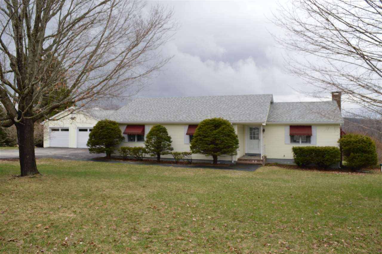 BROOKFIELD NH Home for sale $280,000