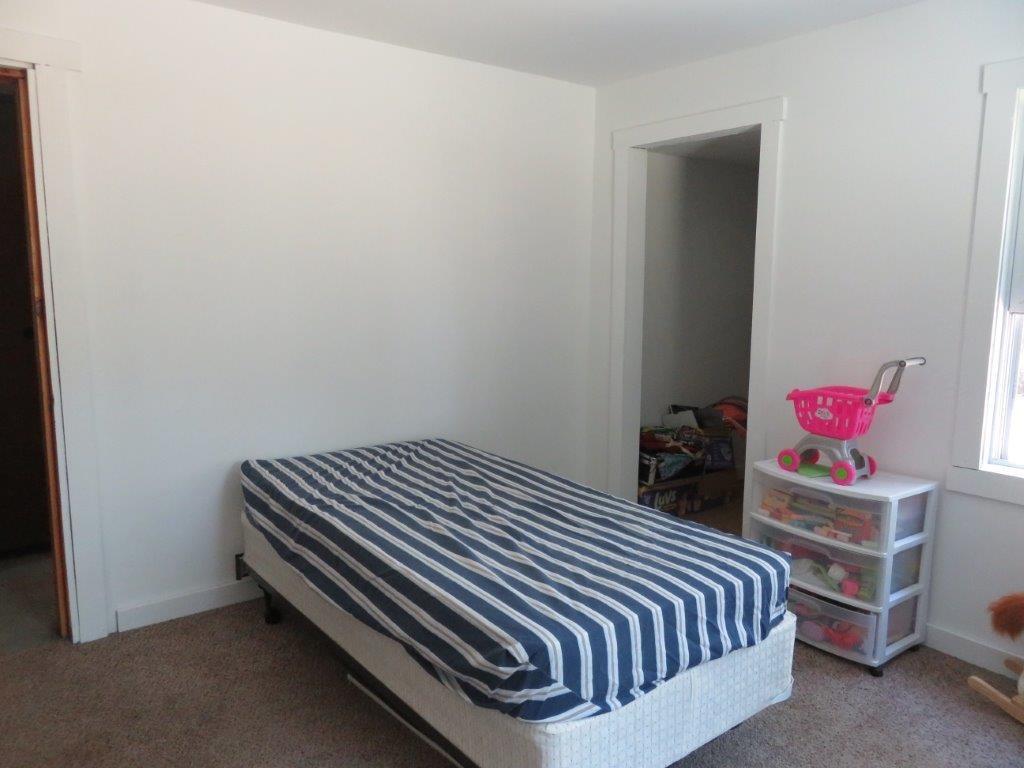 Bedroom #2 11759582