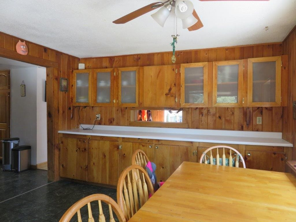Dining Rm With Built Ins 11759569