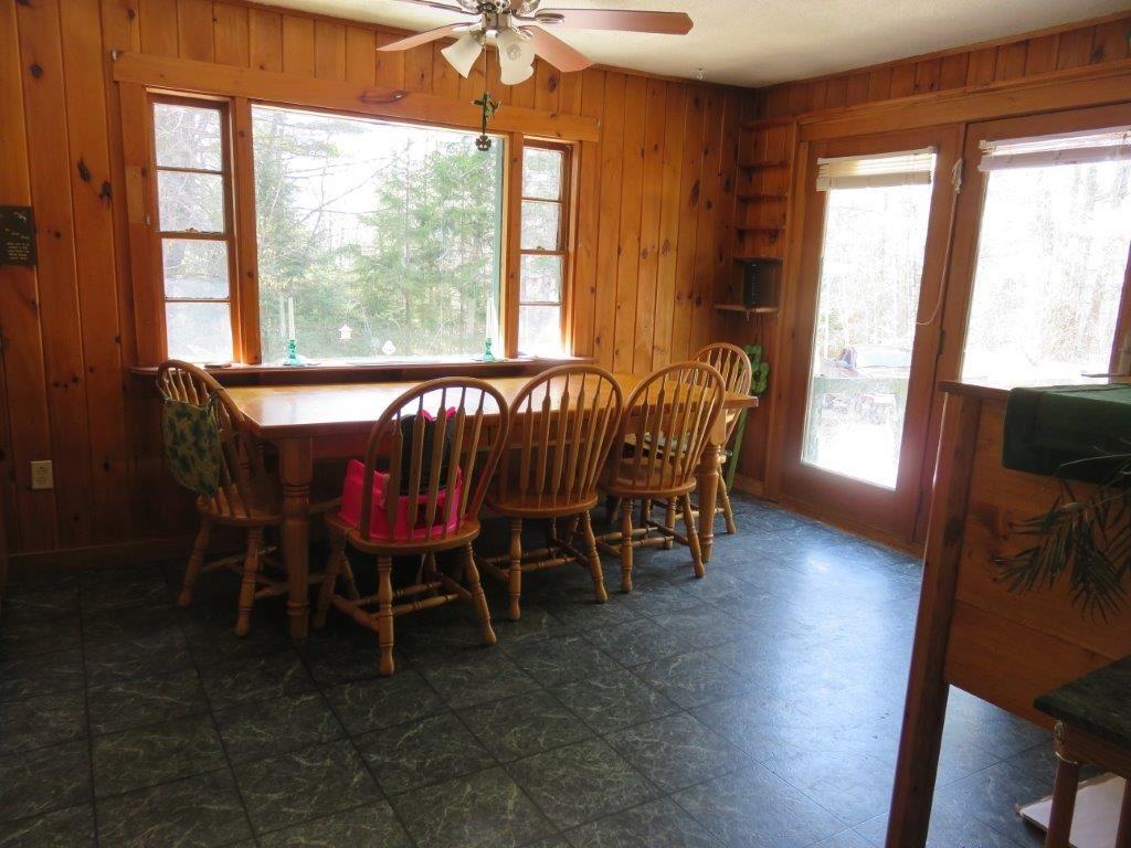 Dining Room 11759570