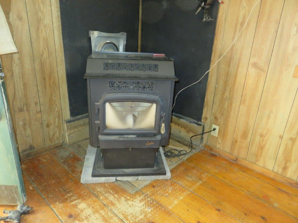 Pellet Stove Included 11759578