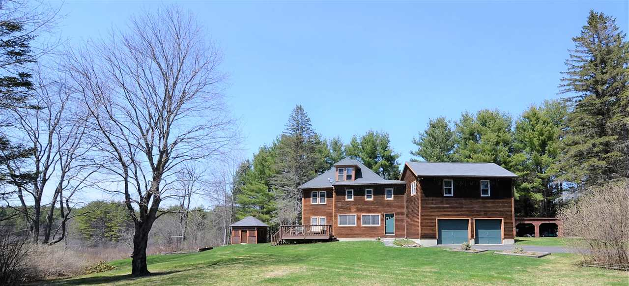 SUNAPEE NH Lake House for sale $$299,000 | $85 per sq.ft.