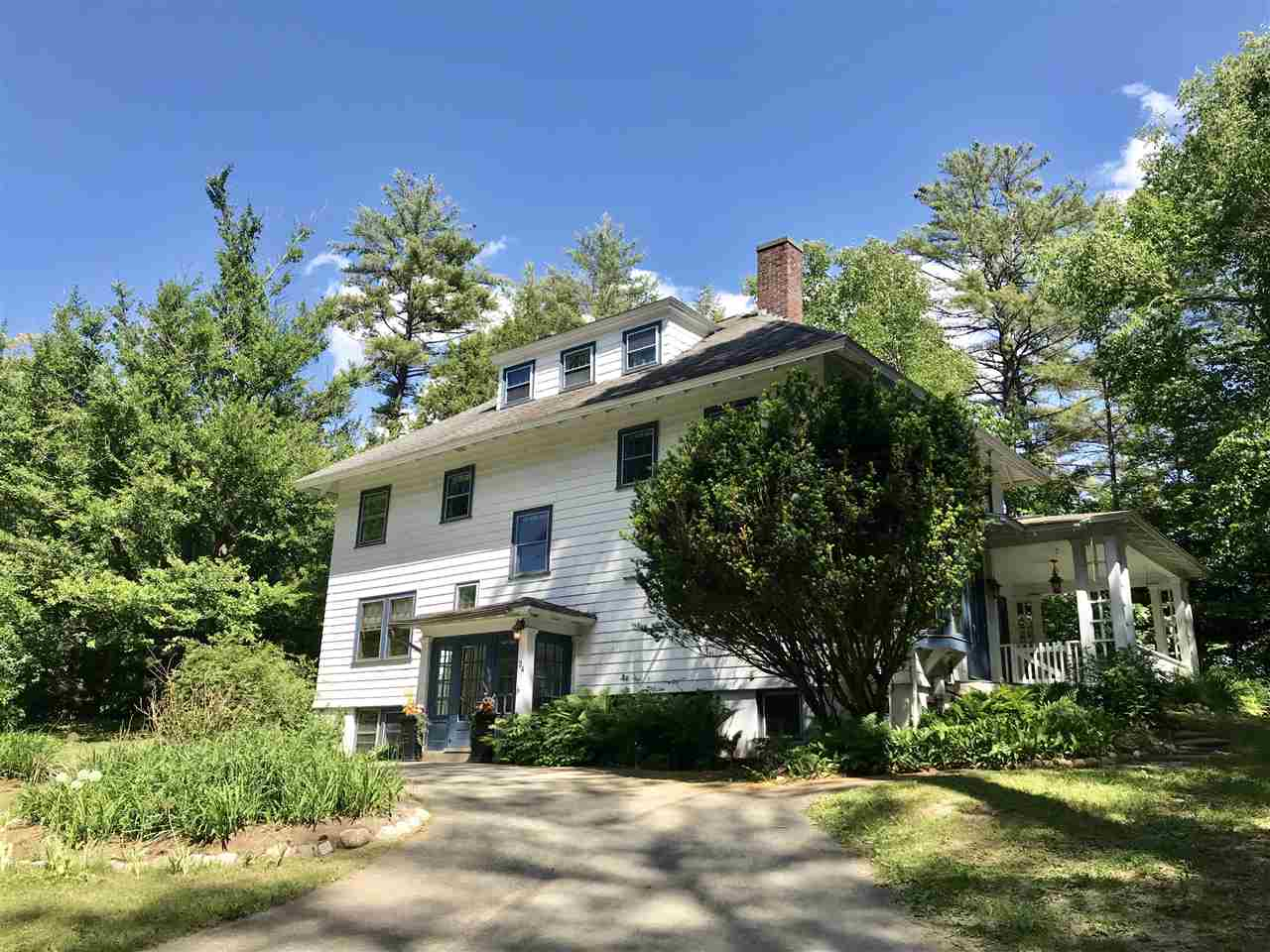 HANOVER NH Lake House for sale $$1,400,000 | $462 per sq.ft.