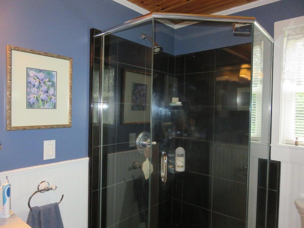 Remodeled Bath 11795232