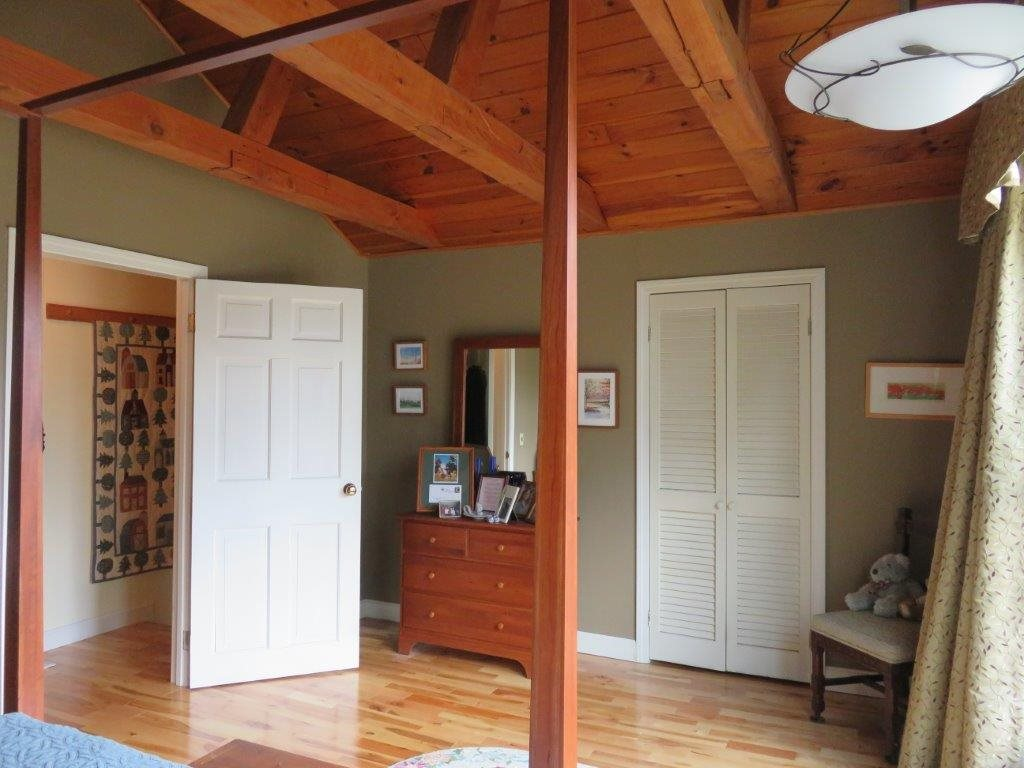 Master Bedroom 11795233