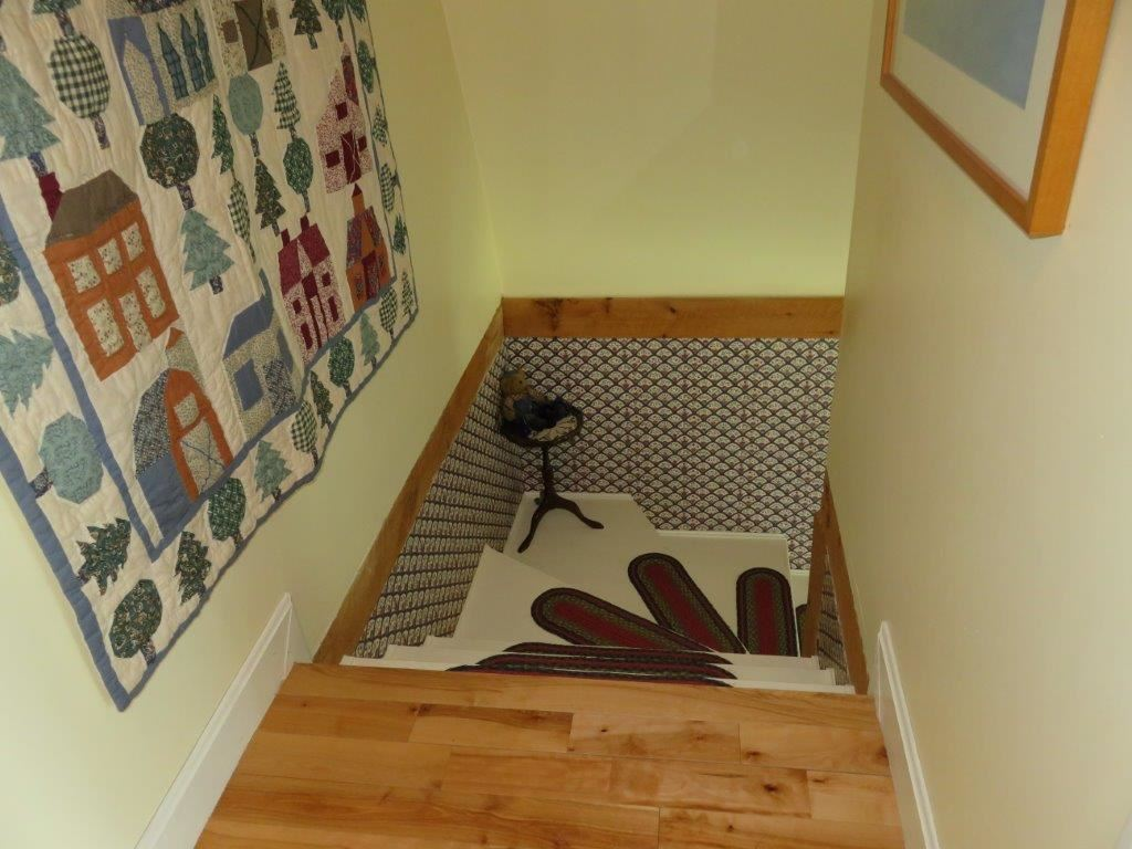 Wide Staircase 11795236