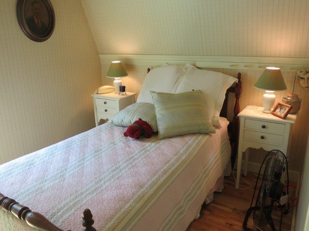 3rd Bedroom 11795241