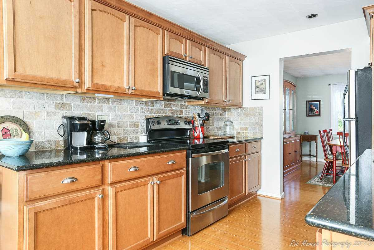 Chester NH Condo for sale $List Price is $259,900