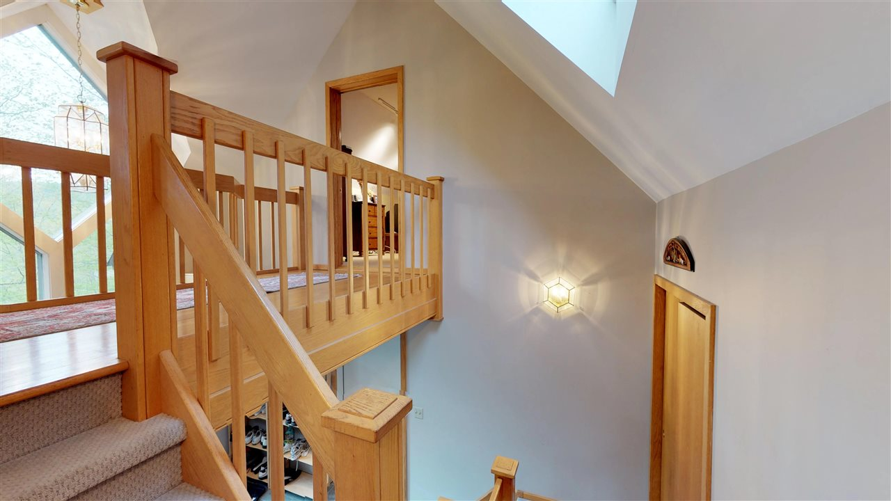 Beautiful Oak railings 11875343